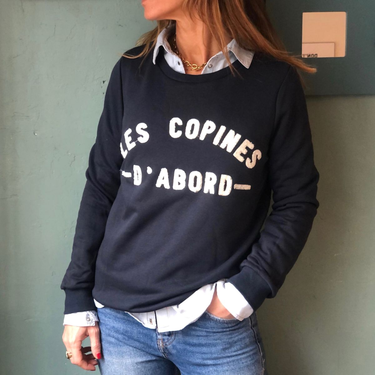 by destele sweat bleu marine les copines d'abord