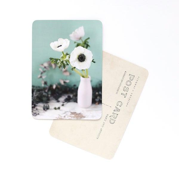 By Destele cinq mai carte postale image flowers