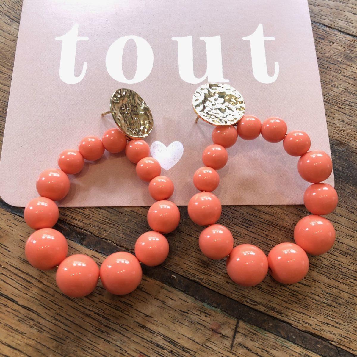 Boucles d'oreilles perles rondes corail by Destele
