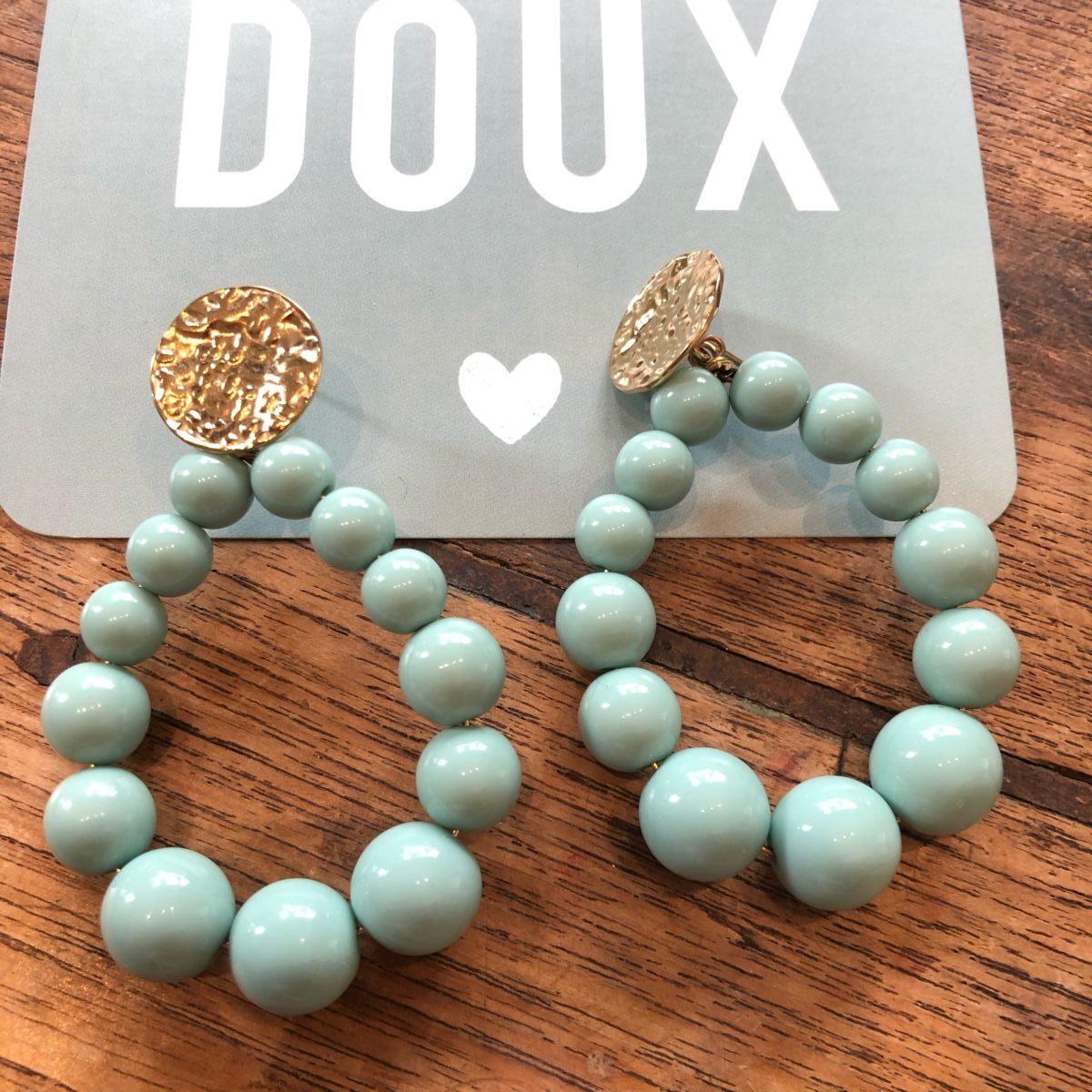 Boucles d'oreilles perles rondes vert d'eau by Destele