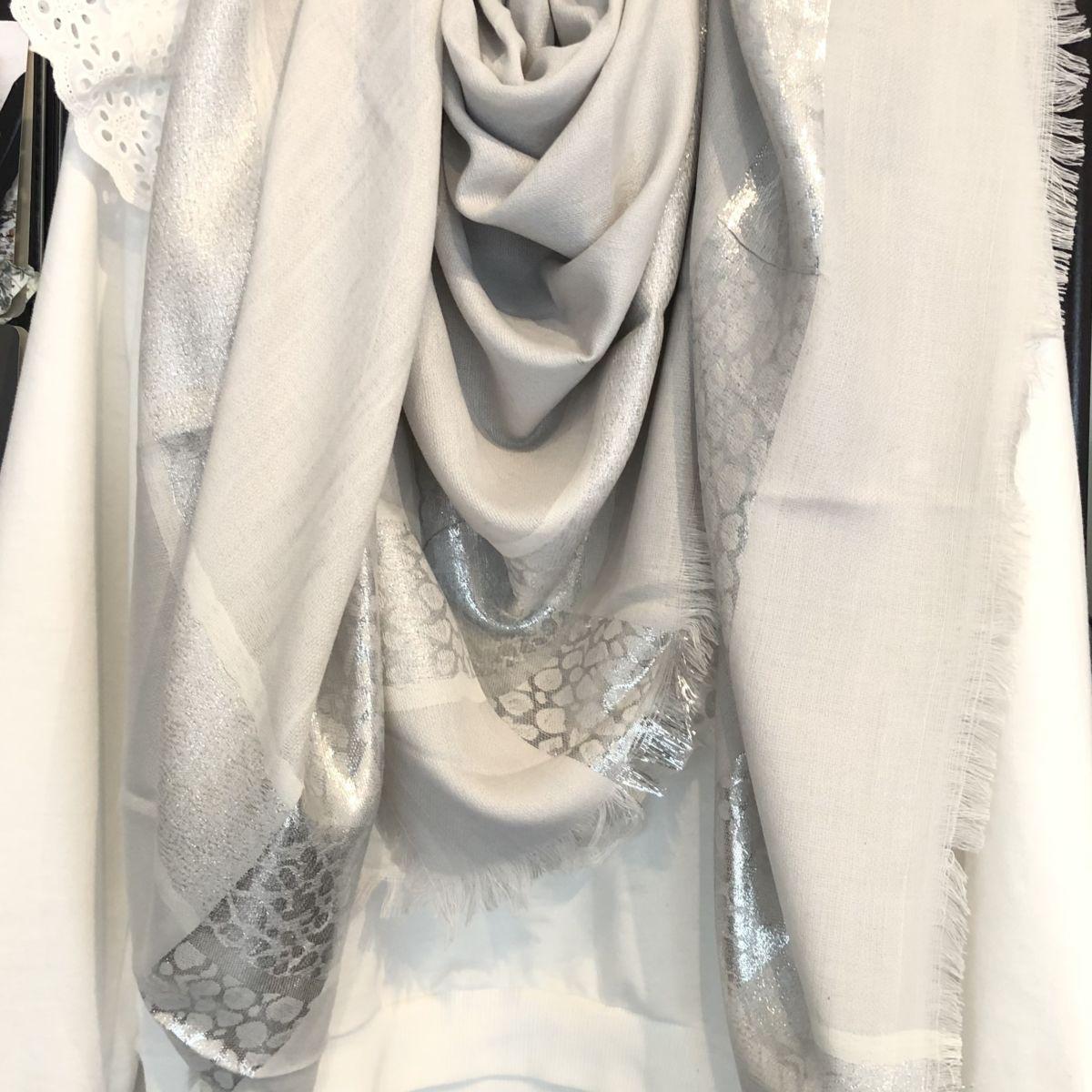 Chèche gris perle argenté by Destele