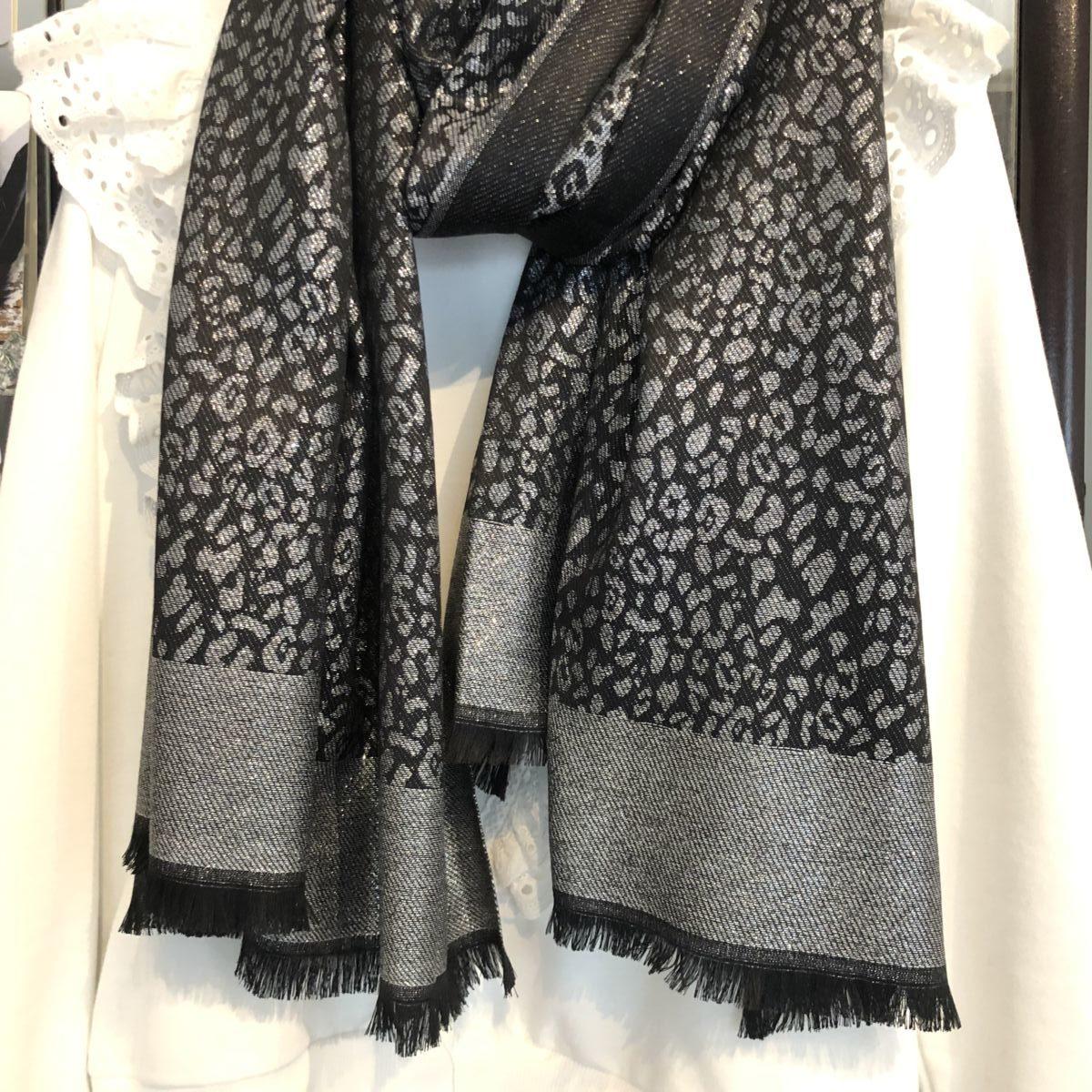 Foulard noir argenté by Destele