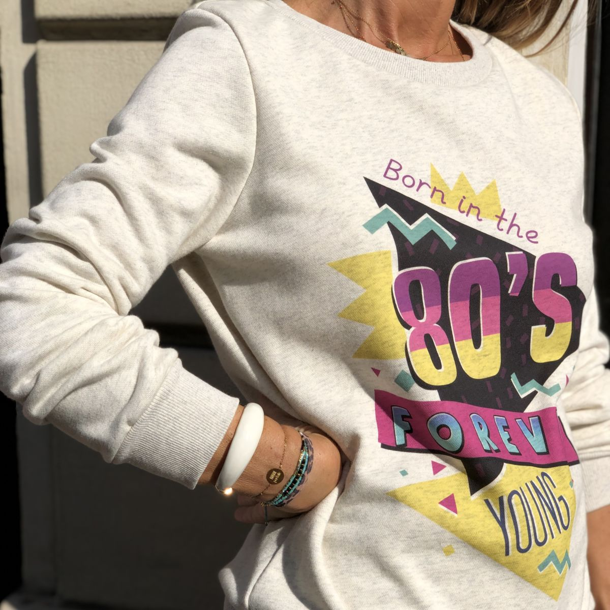 Sweat beige chiné message born in the 80´s col rond by Destele