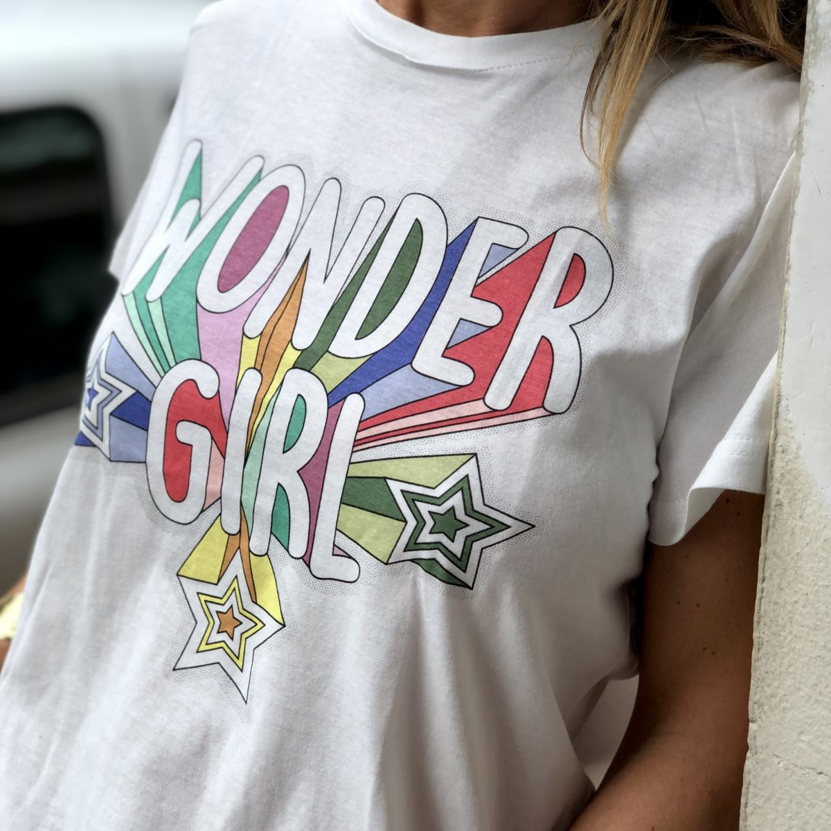 Tee shirt blanc message wonder girl col rond manches courtes by Destele