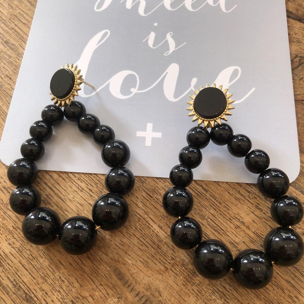 boucles d'oreilles perles rondes noires by destele