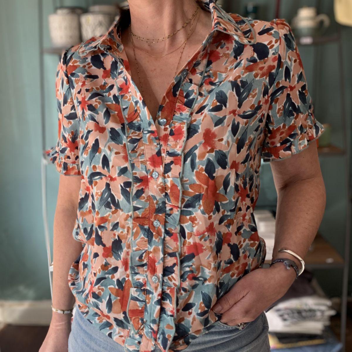 chemise manches courtes imprimé fleurs bleu corail rouge by destele