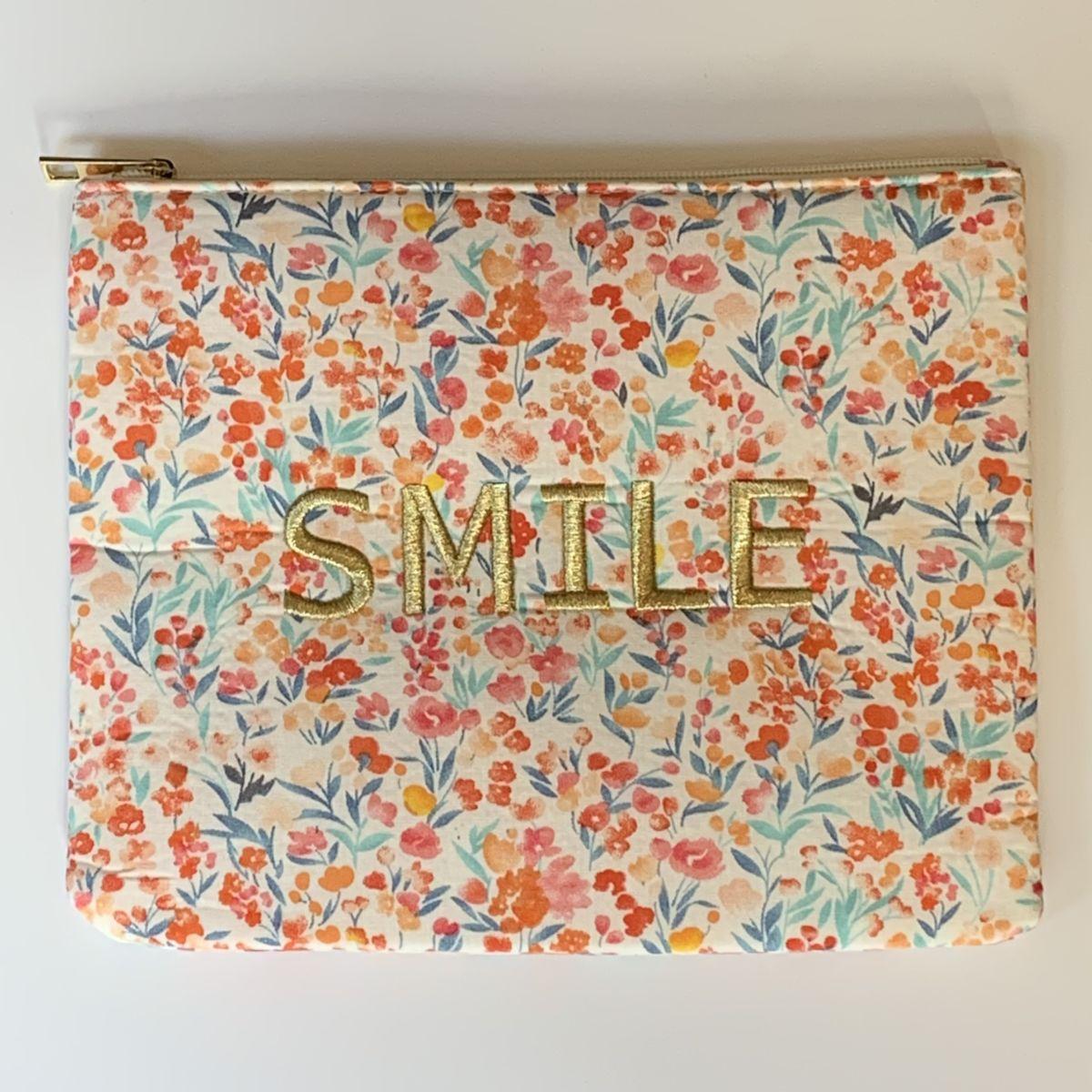 by destele pochette message smile imprimé fleurs