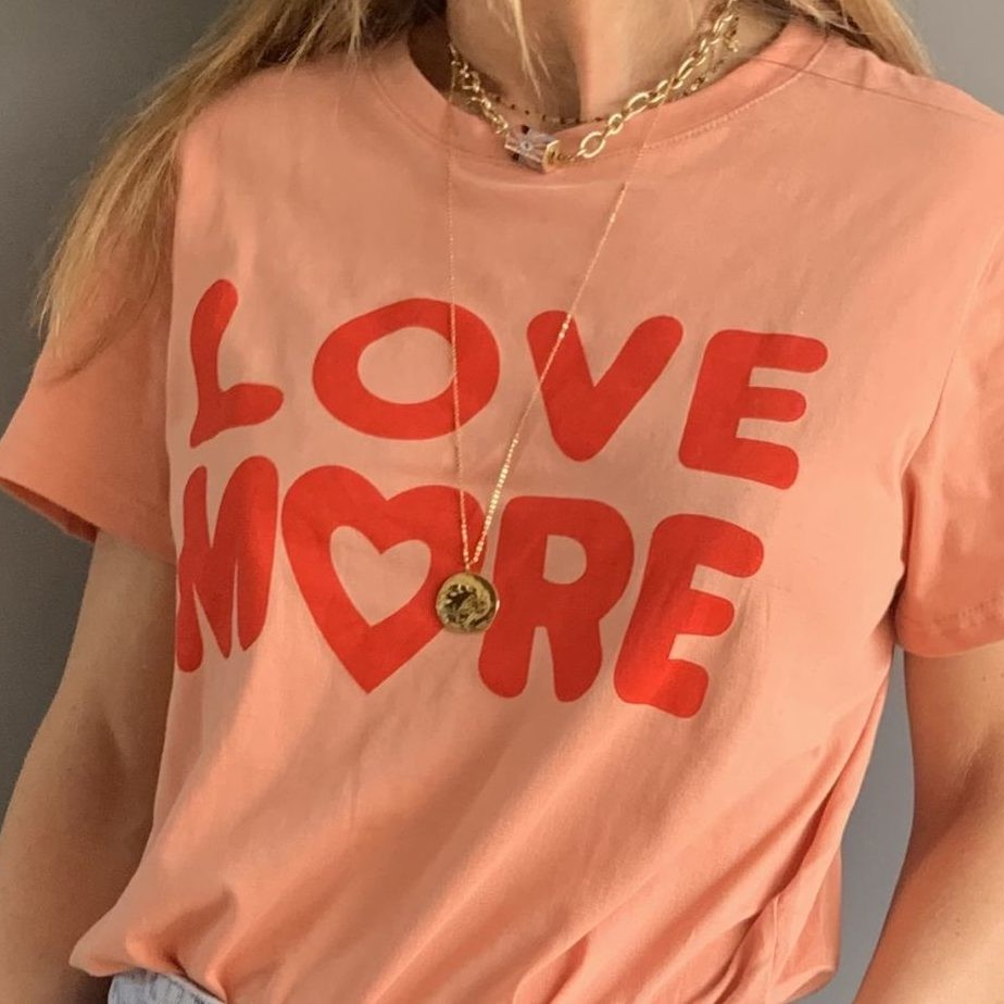 tee shirt rose orange message love more rouge col rond by destele