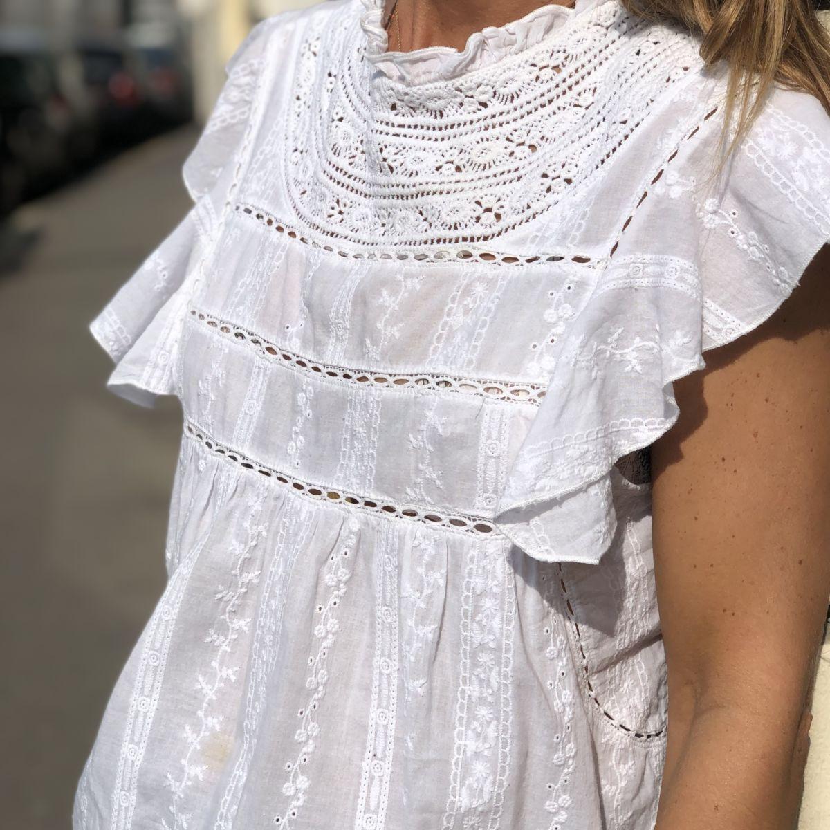 blouse bohème brodée blanche manches courtes by destele