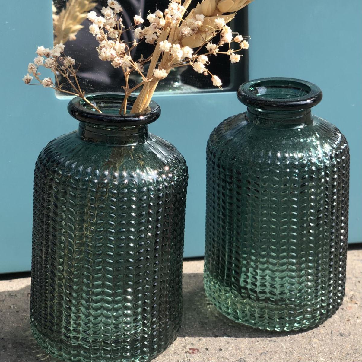 petite vase soliflore en verre vert by destele