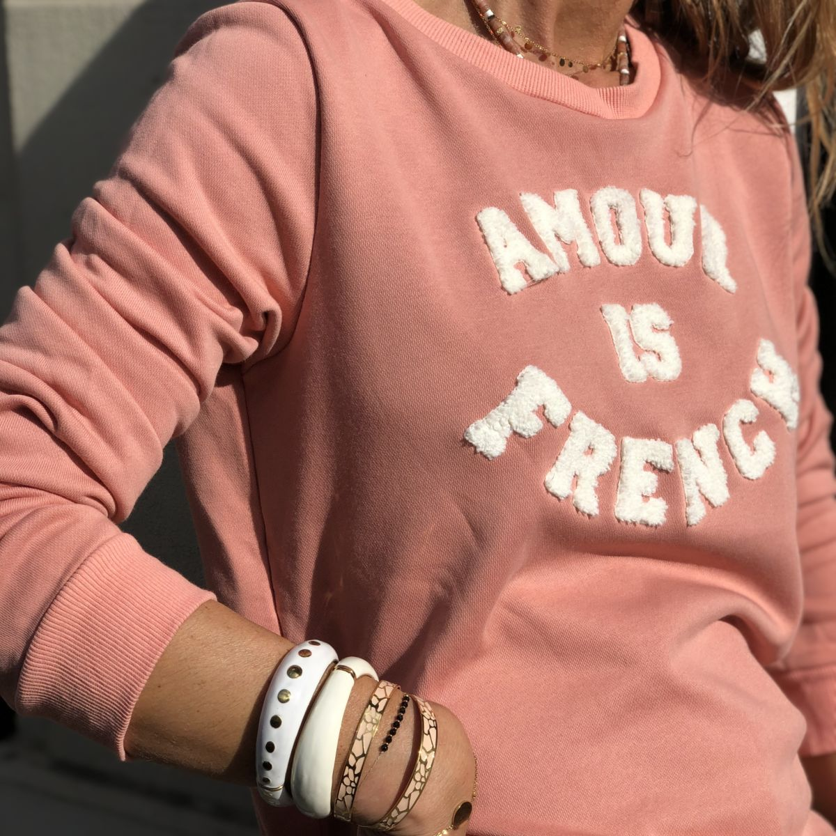 By Destele sweat rose message amour is french blanc col rond